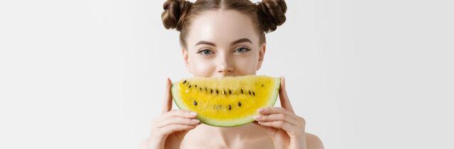 Garnier Fructis Hair Food. La super frutta per capelli super.